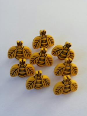 Button funbees